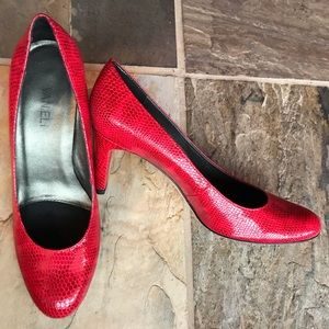VANELi reptile embossed red patent leather heels